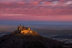 Burg Hohenzollern im Morgenrot